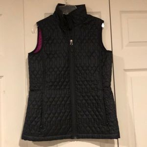 Women's Lands End quilted best
